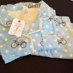 NWT MUNKI MUNKI bike pajamas